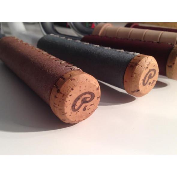 Handmade korkové štuple Pecobikes do riadítok