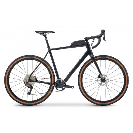 Gravel bicykel Fuji Jari Carbon 1.3 2021 Satin Carbon